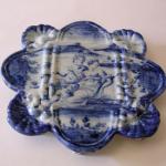 Alzatina bianco-blu sec. XVII