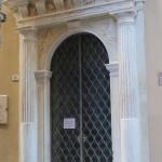 Portale marmo Palazzo Bernardo Ferrero SV